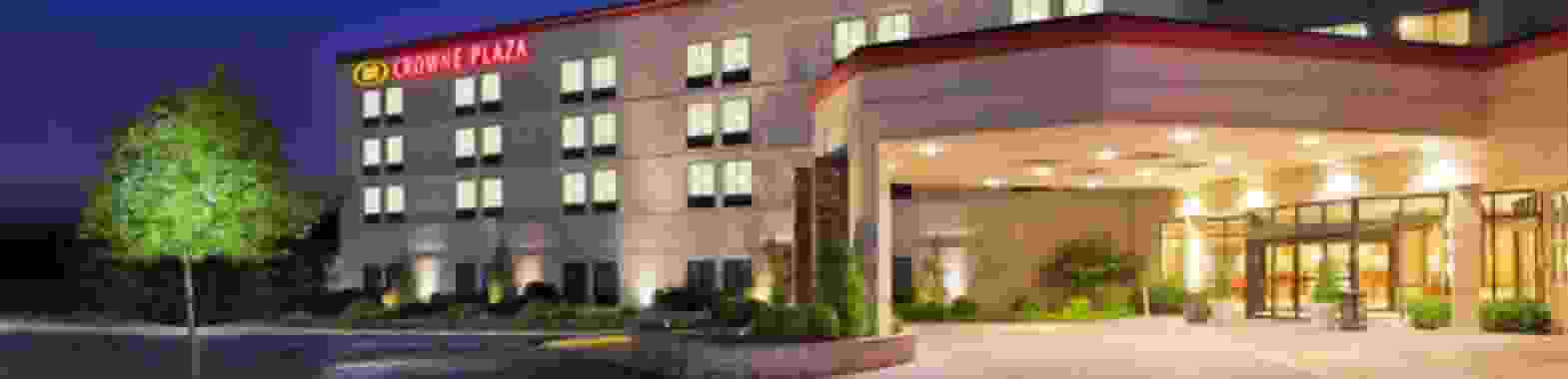 Crowne Plaza Dulles Airport Hotel - Herndon, Virginia