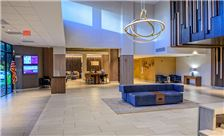 Crowne Plaza Dulles Airport Hotel Lobby