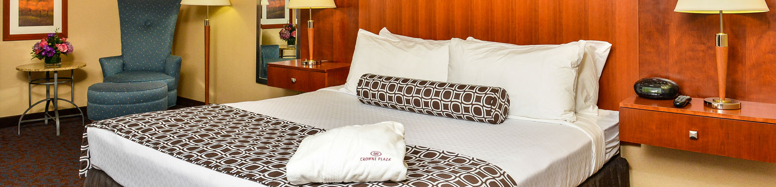 Crowne Plaza Dulles Airport Hotel Specials and Packages